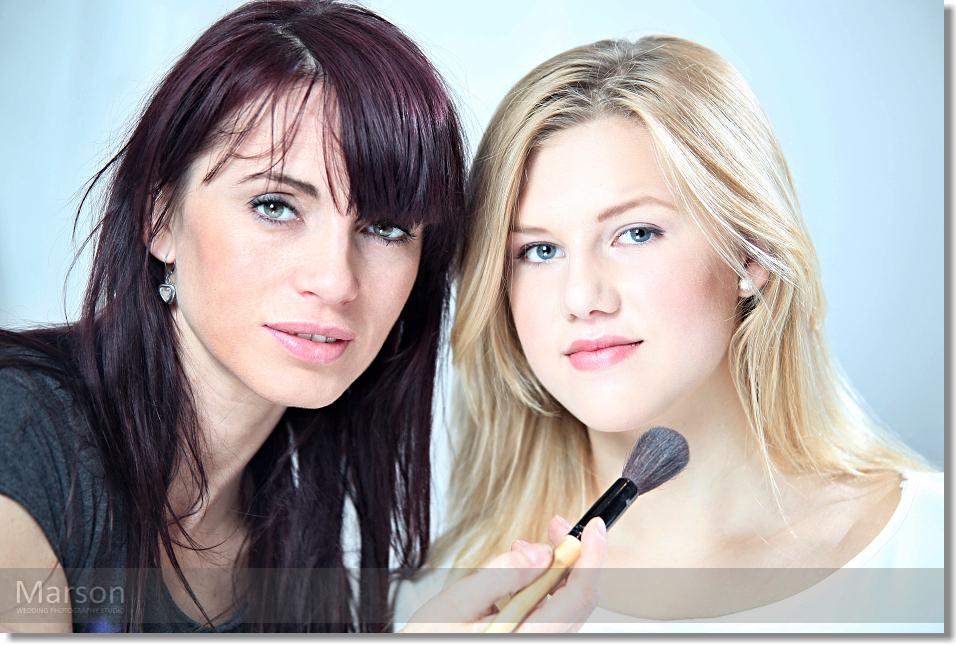 Visage Change of Caroli Blonds 004
