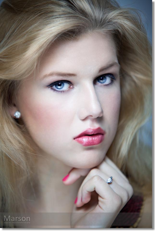 Visage Change of Caroli Blonds 013