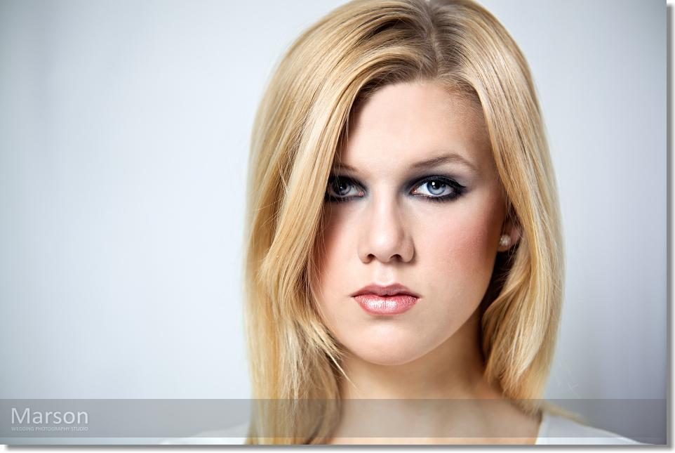 Visage Change of Caroli Blonds 015