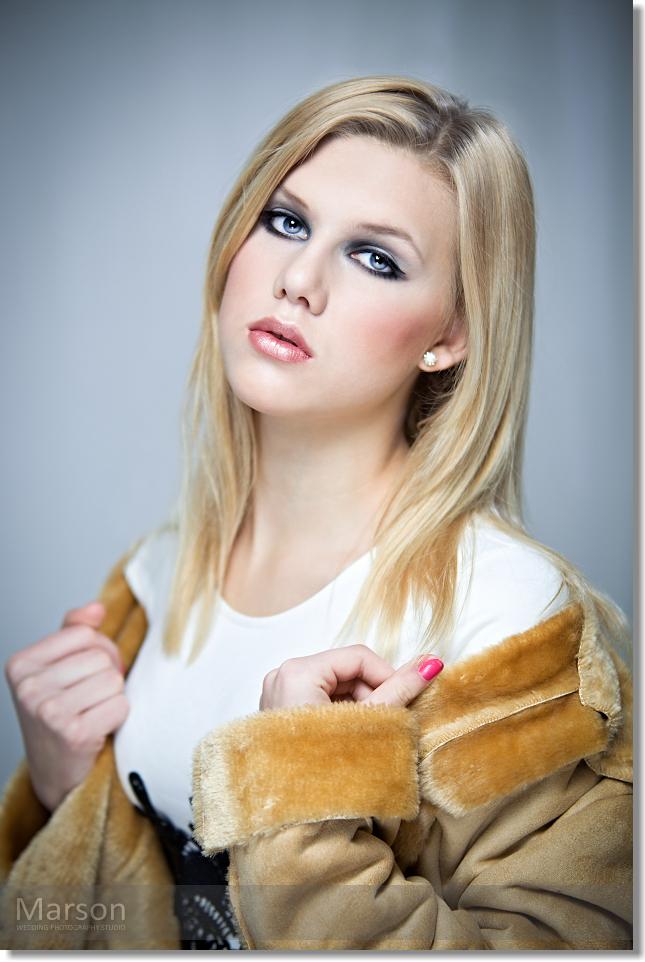 Visage Change of Caroli Blonds 017