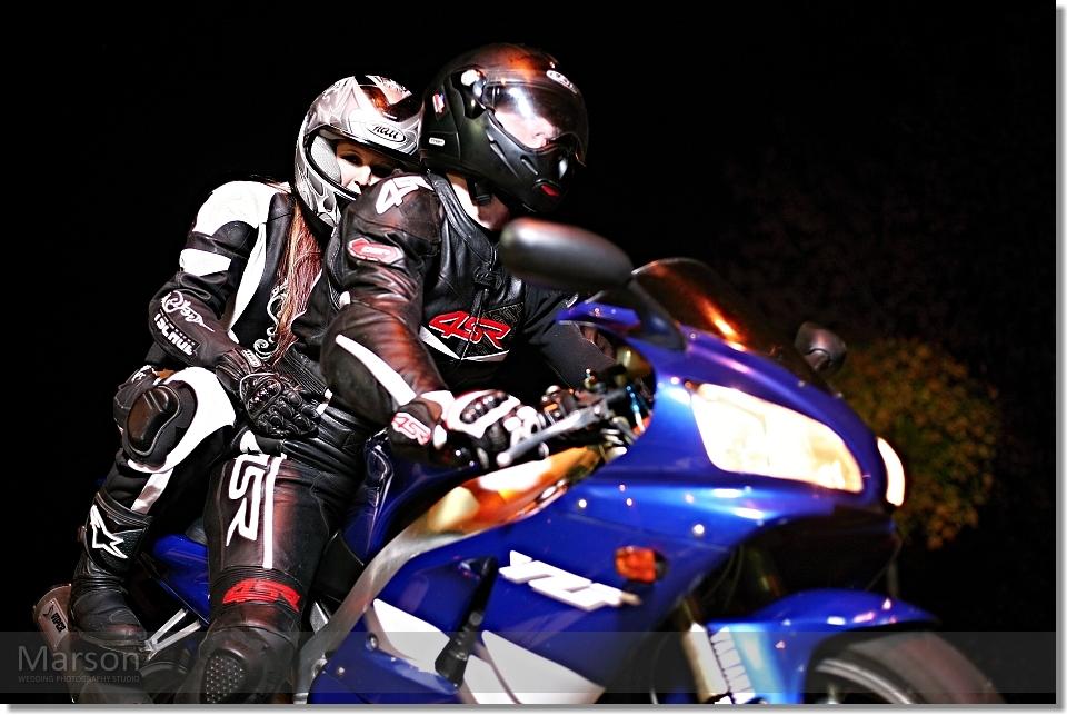 Yamaha R1_Gabca a Ondra 016 photo by Marson